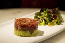 Tartar de atún con guacamole_Cachitos_Diagonal copia